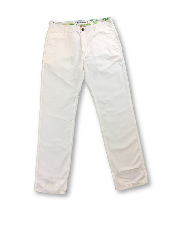 Tailor Vintage Cotton Chino in Off White- khakisurfer.com Latest menswear designer brands added include Eton, Etro, Agave Denim, Pal Zileri, Circle of Gentlemen, Ralph Lauren, Scotch and Soda, Hugo Boss, Armani Jeans, Armani Collezioni.