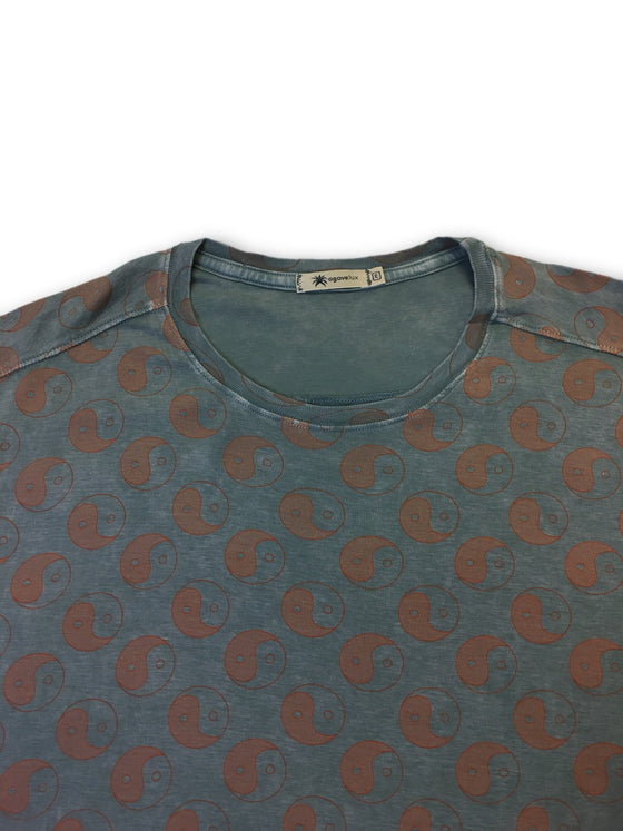 Agave Lux 'Yin Yang-C' T-shirt in blue- khakisurfer.com Latest menswear designer brands added include Eton, Etro, Agave Denim, Pal Zileri, Circle of Gentlemen, Ralph Lauren, Scotch and Soda, Hugo Boss, Armani Jeans, Armani Collezioni.