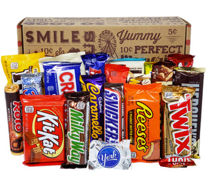 Chocolate Lovers Full Size Candy Bar Gift Basket