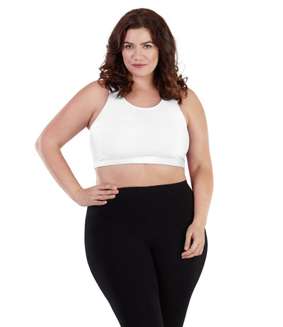 Women's plus size pull on sports bra