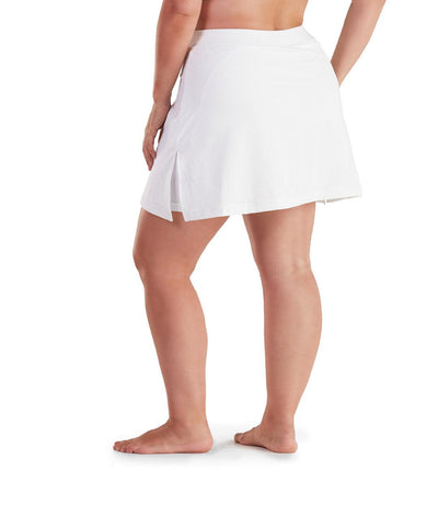 Women's plus size tennis skirt white