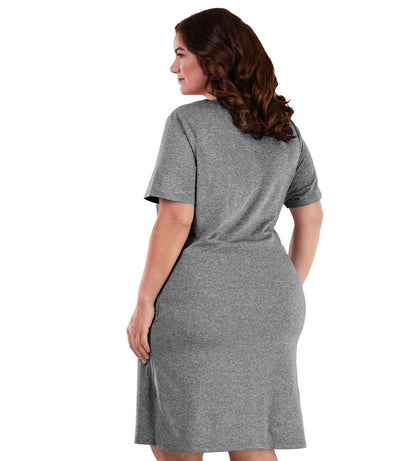 Plus size dress with pockets