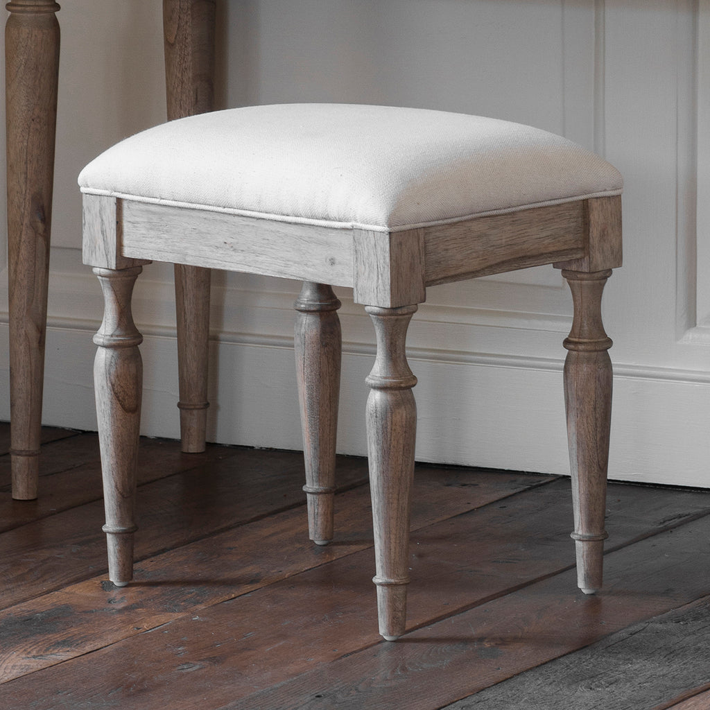 Henrique Dressing Stool