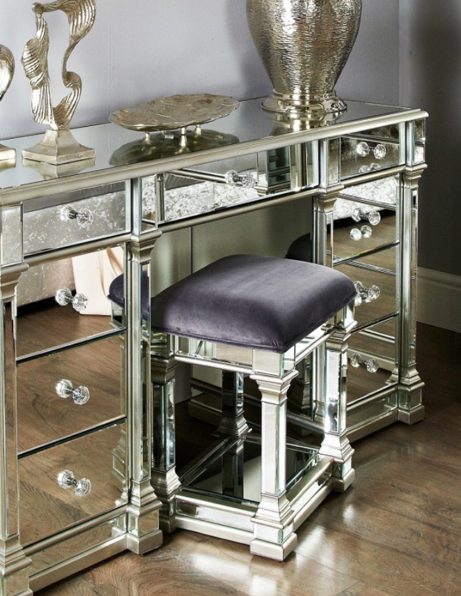 Rollo Mirrored Silver Stool
