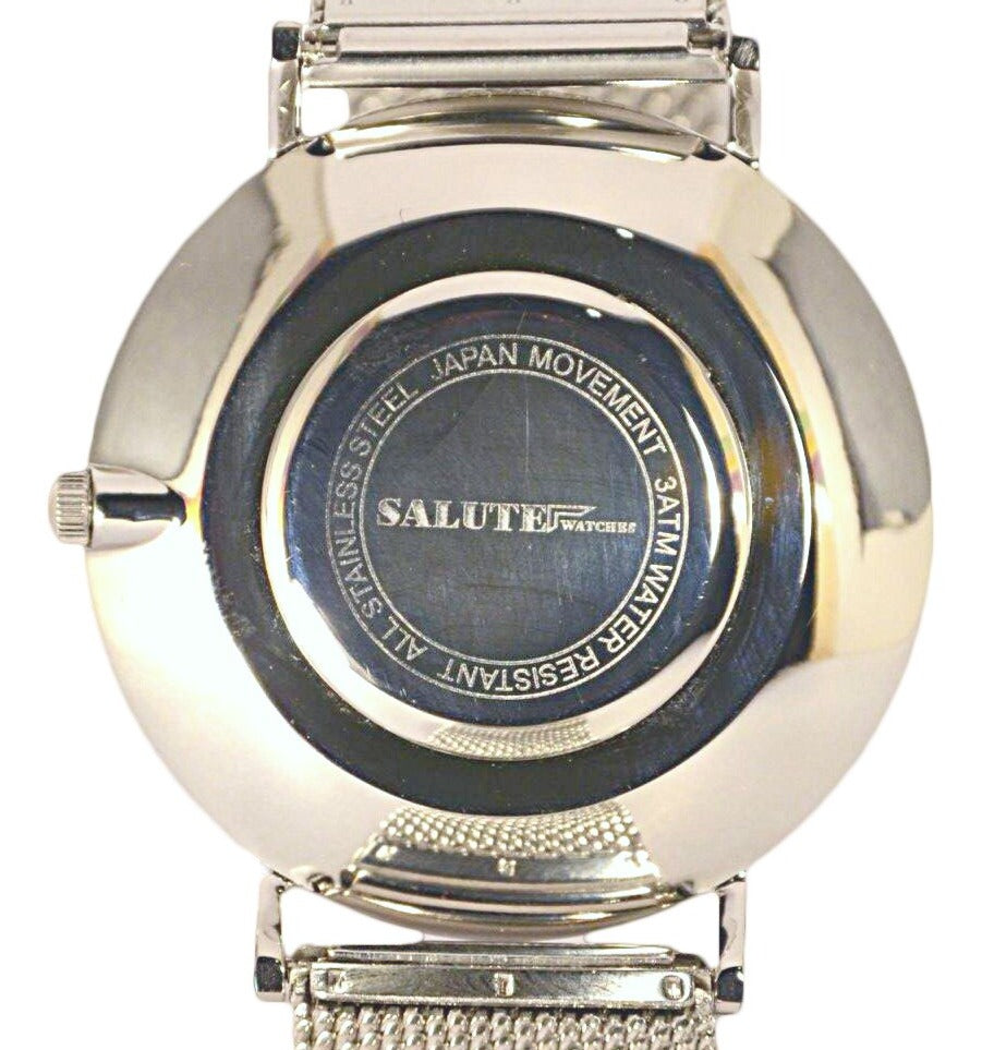 Salute Silver features premium stainless steel casing accompanied with a precise Miyota quartz movement.