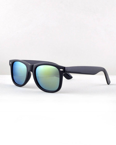 Stylish Black Frame Wayfarer Sunglasses