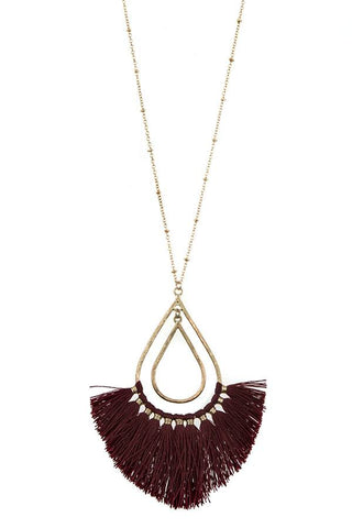Elongated teardrop fringe pendant necklace set