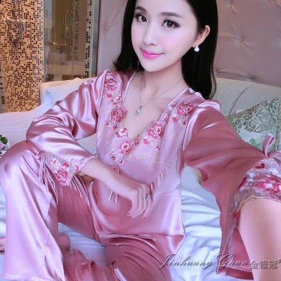 new Summer new fashion personality pineapple silk pajamas short-sleeved pants home service suit pajamas women