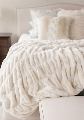 Luxe Ivory Mink Throw Blanket