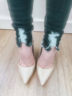 Noelle High Rise Distressed Ankle Skinnies