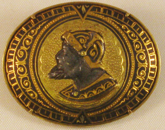 Antique c1900 DAMASCENE Conquistador Soldier CAMEO Style Oval Brooch