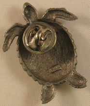 "Load image into Gallery viewer, Turtle Signed ""©JJ"" Jonette Jewelry Co. Pewter Pin/Tie Tack"