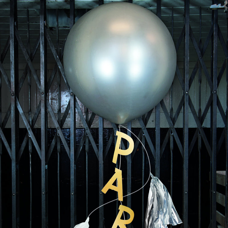 Round 30-inch Balloon with Party Swag & Tassels