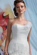 Load image into Gallery viewer, Impression Bridal Wedding Gown 10008