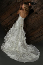 Load image into Gallery viewer, Impression Bridal Wedding Gown 10168