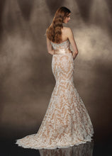 Load image into Gallery viewer, Impression Bridal Wedding Dress 10181