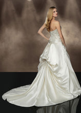 Load image into Gallery viewer, Impression Bridal Wedding Dress 10193