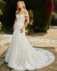 Casablanca Bridal Wedding Gown 2411 Quinn