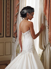 Load image into Gallery viewer, Mon Cheri Wedding Gown 29253