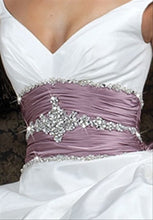 Load image into Gallery viewer, Impression Bridal Wedding Gown 2981