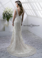 Load image into Gallery viewer, Sottero  & Midgley Wedding Gown 4SC822 Simone