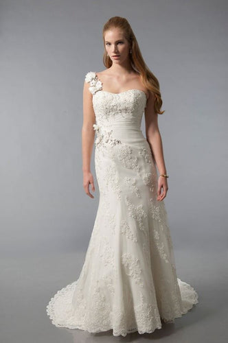 Alfred Sung Bridal Wedding Gown 6889