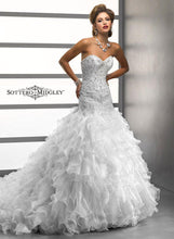 Load image into Gallery viewer, Sottero & Midgley Wedding Gown 74813 Brinley