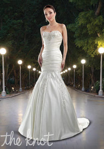 Da Vinci Bridal Wedding Dress 8401