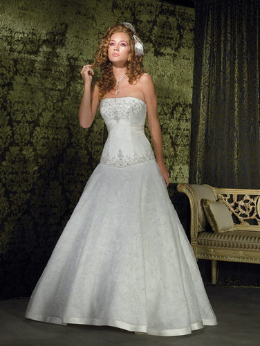 Allure Bridals Wedding Gown 8581
