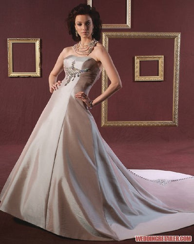 Bonny Bridal Wedding Gown 8620