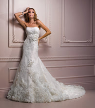 Load image into Gallery viewer, Maggie Sottero Wedding Gown A3532 Aibilene