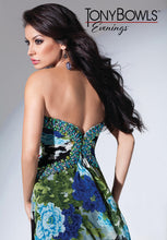 Load image into Gallery viewer, Tony Bowls Evenings Floral Chiffon TBE11548 Black/Green