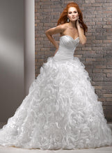Load image into Gallery viewer, Maggie Sottero Wedding Gown V7154 Nivia
