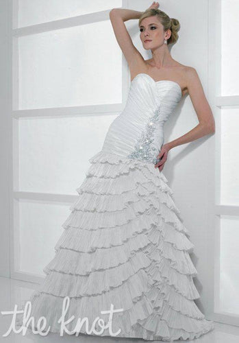 Moonlight Bridal Wedding Gown H1126