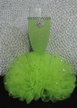 Load image into Gallery viewer, Lime Glitter Wine Flute with Tulle Skirt