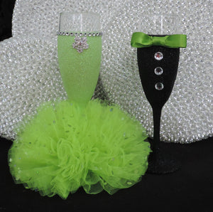 Black Glitter Tuxedo Wine Glass with Lime Bow Tie