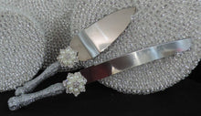 Load image into Gallery viewer, Cake Server Set - Silver Glitter with Pearl Flower