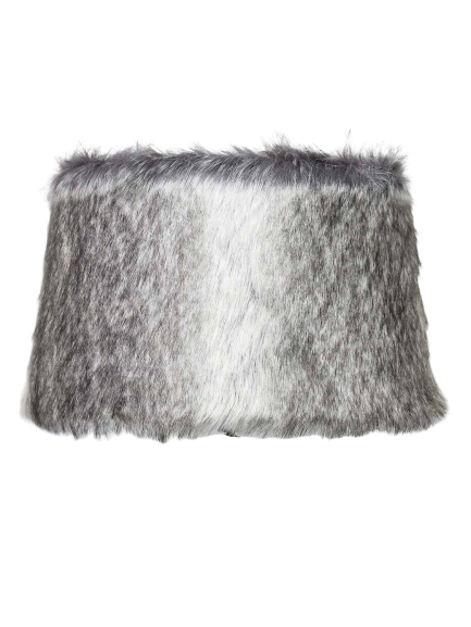 Shade fur short hair on taupe 35x30x21