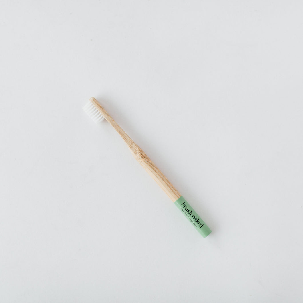 Toothbrush, Adult, Medium (Green)