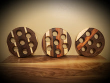 Load image into Gallery viewer, Stunning Wooden Trivets