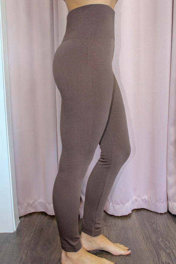 Cozy Up Leggings (Brown)