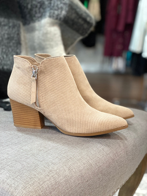 The Carter Bootie