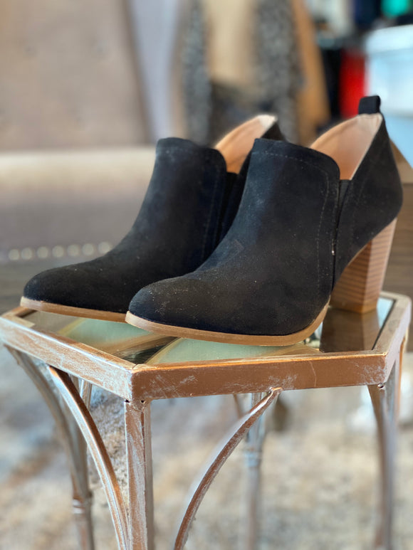 The Mia Bootie (Black)
