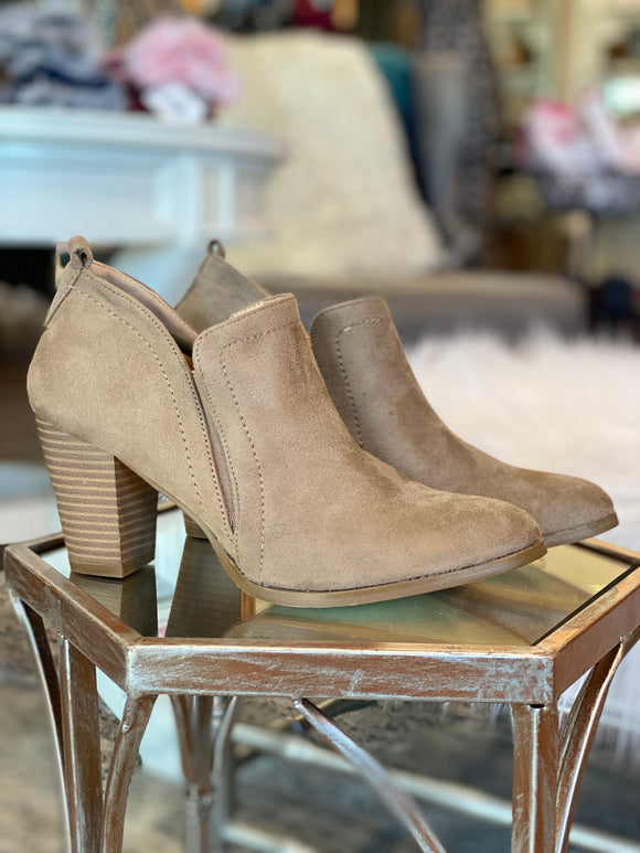 The Mia Bootie (Taupe)
