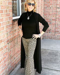 Judy Blue Leopard Flares