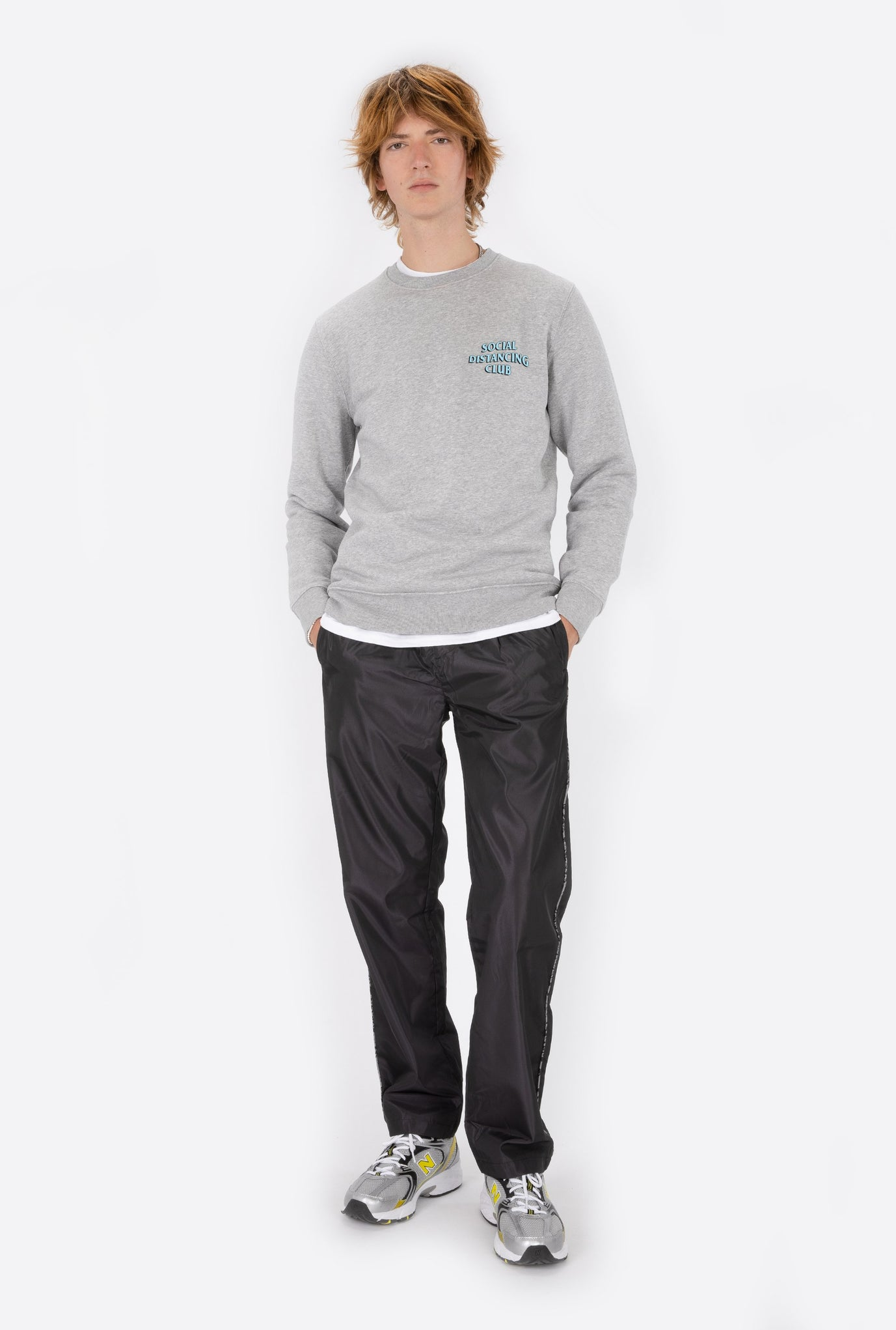 Crewneck Heather Grey Social Distancing