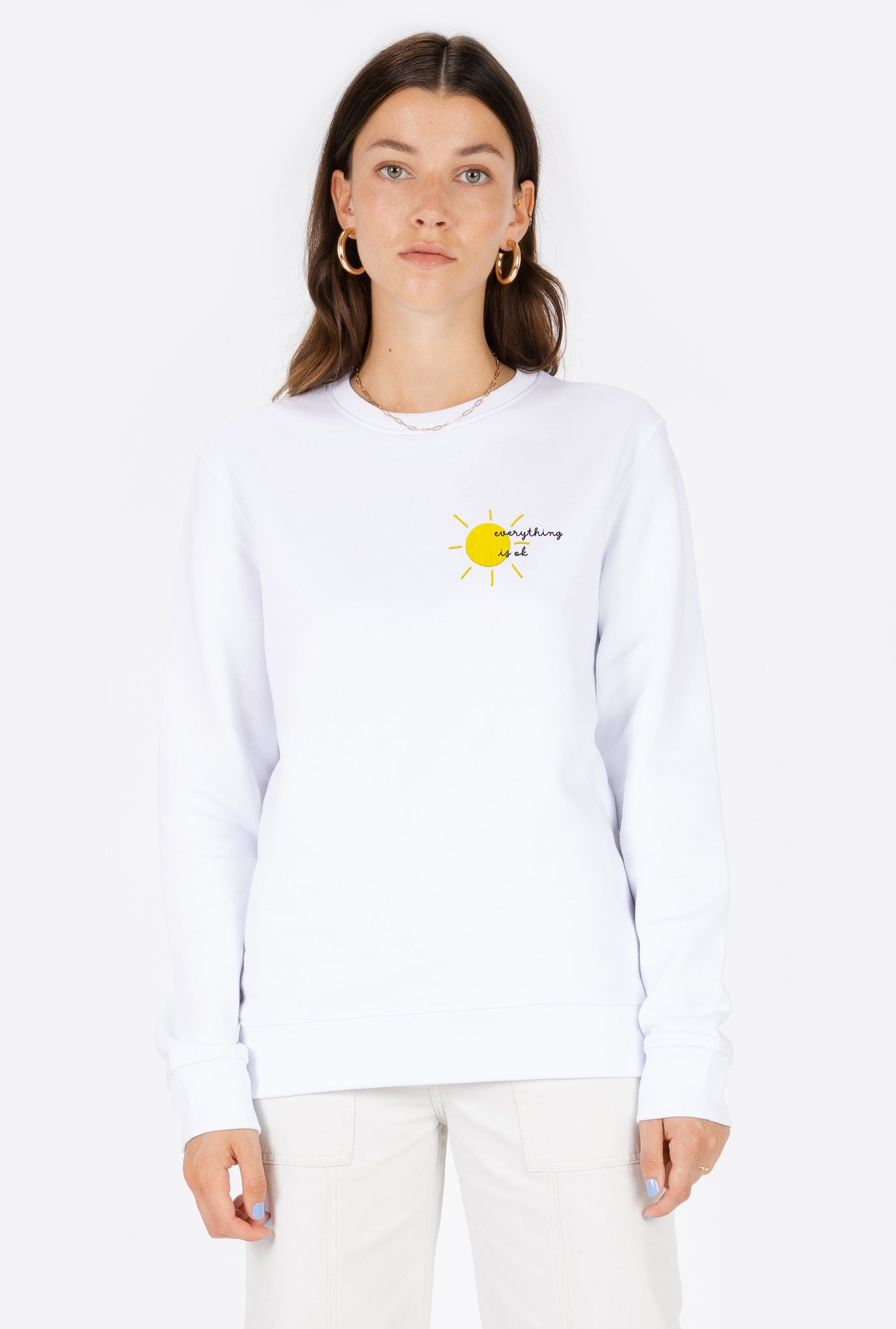 Crewneck White Everything Is Ok - Embroidered