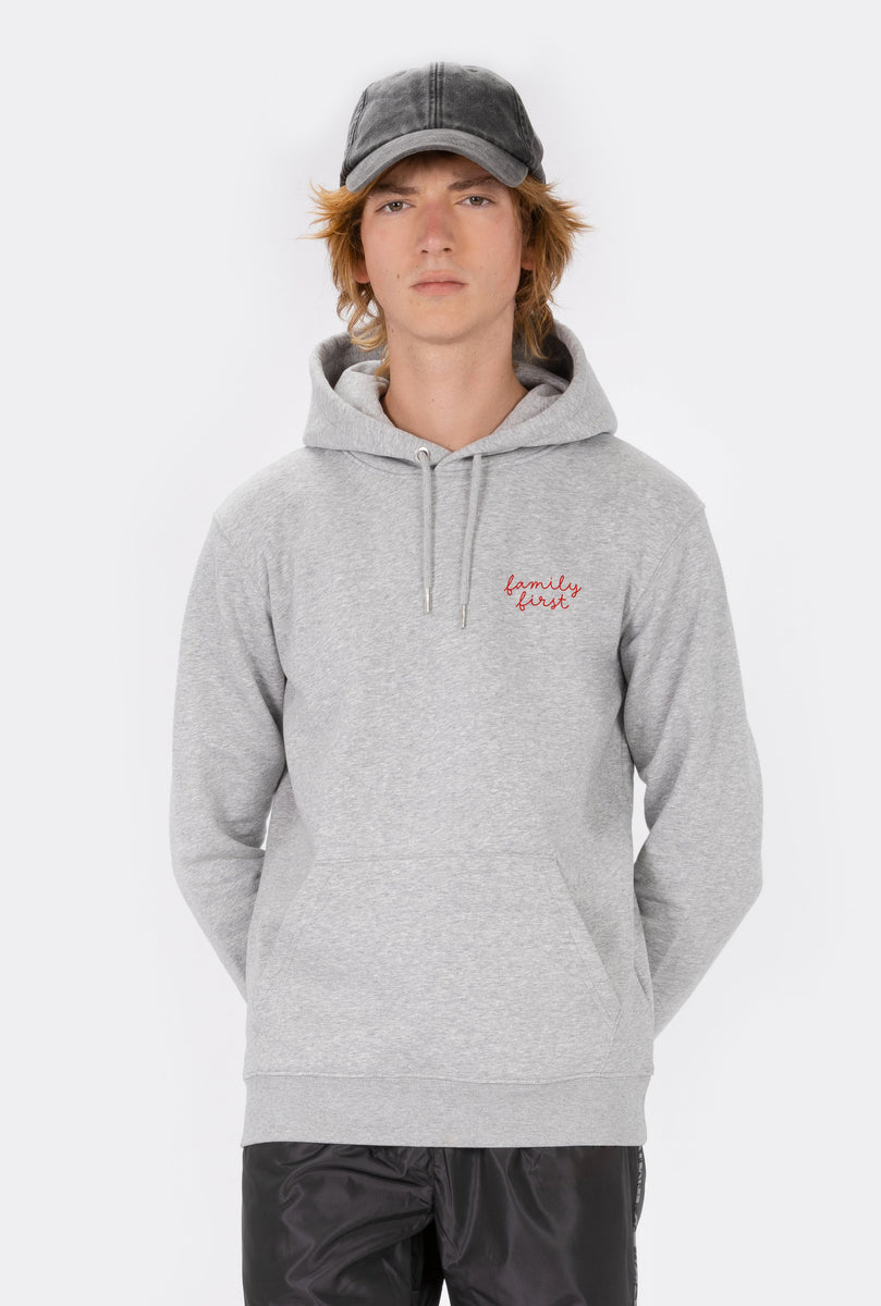 Hoodie Family First - Embroidered