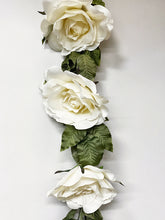 Load image into Gallery viewer, Oversize Rose Garland