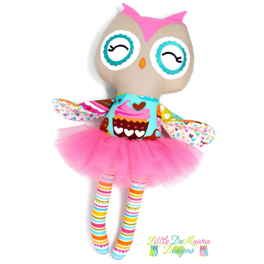 Owl Doll- Sweet Cupcakes Little Demoura Designs Cupcakes Demoura Doll Hearts Hoot